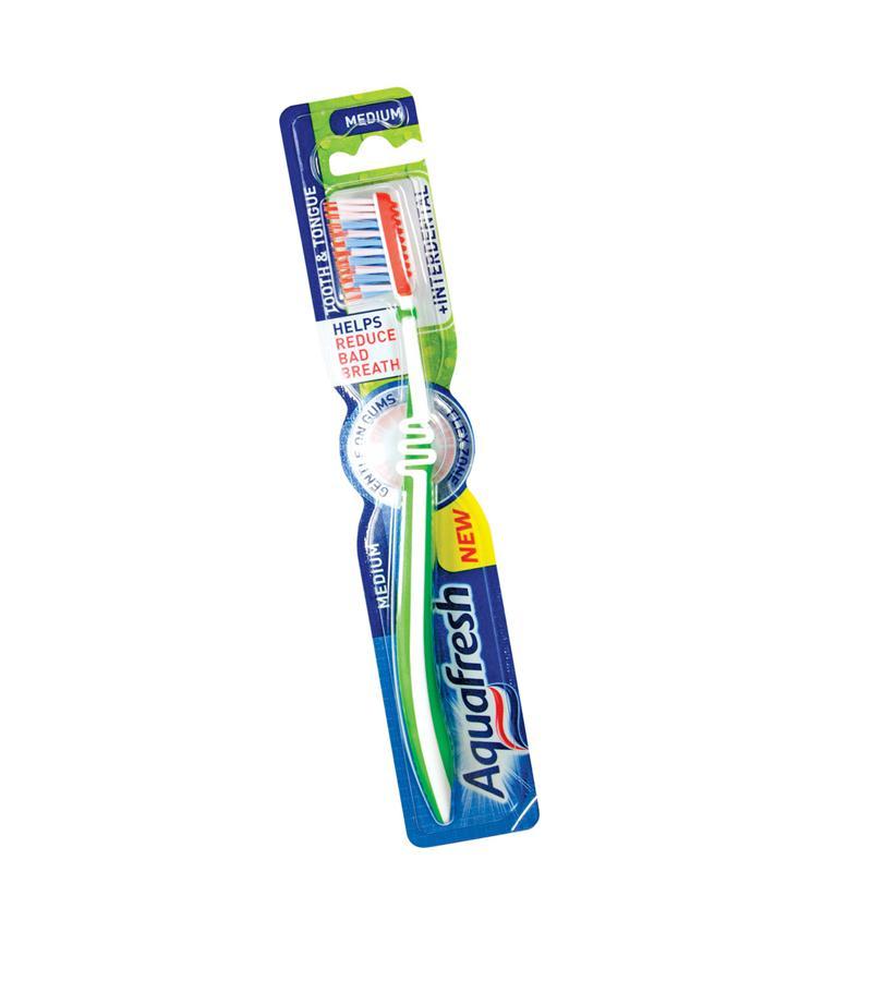 aquafresh AQUAFRESH EXTREME CLEAN мягкая +футляр (3830029293810)